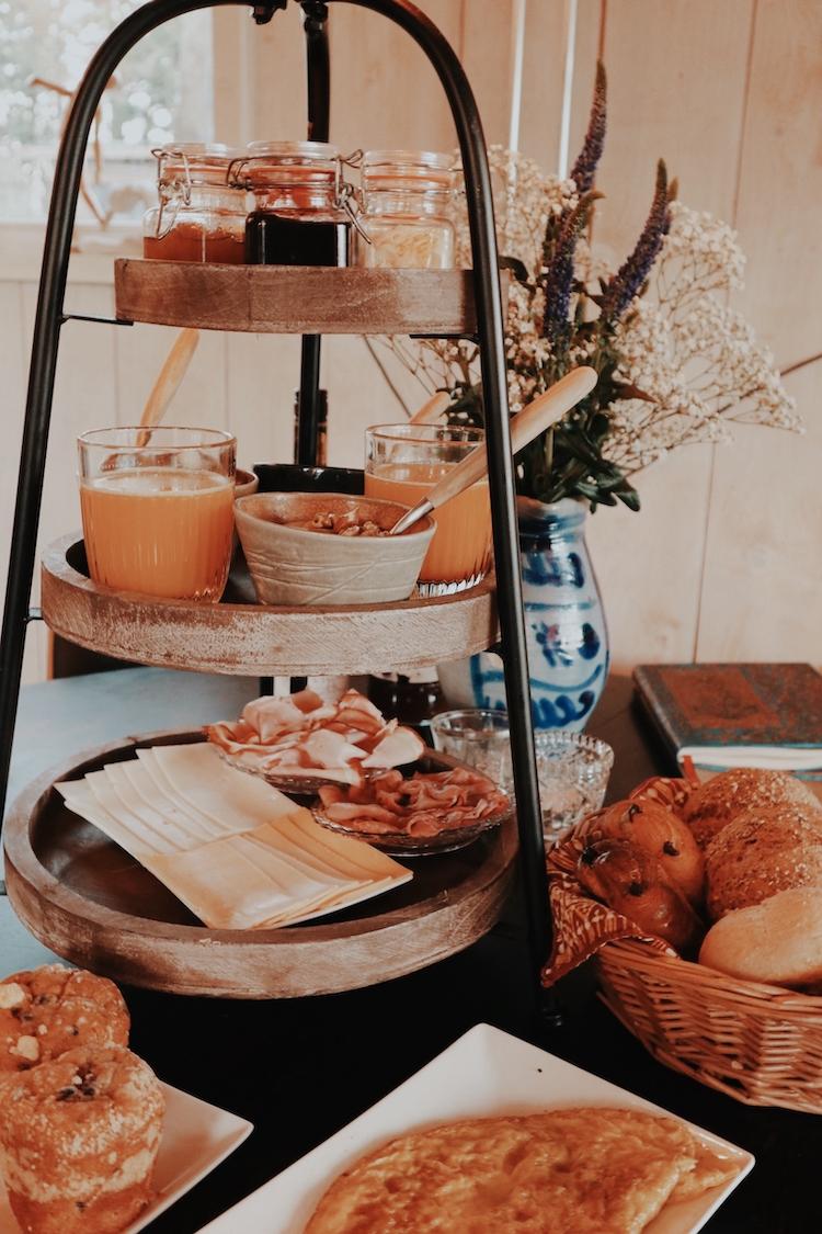 ontbijt olling art inn